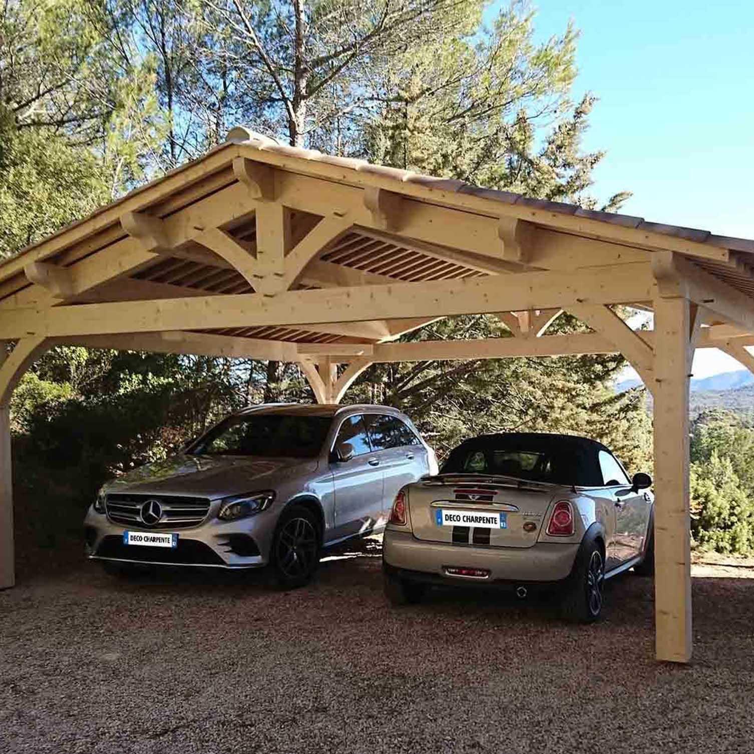 Abri voiture traditionnel