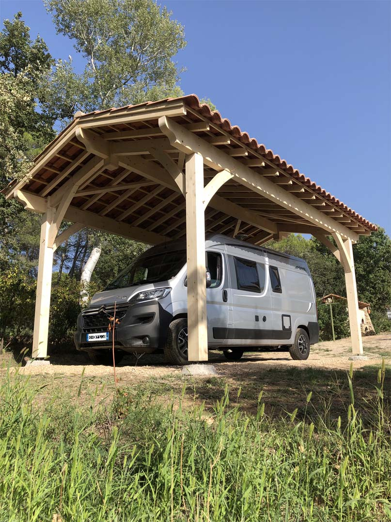 Abri tunnel camping car