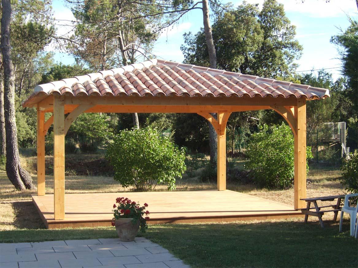 Pool House sur plancher bois